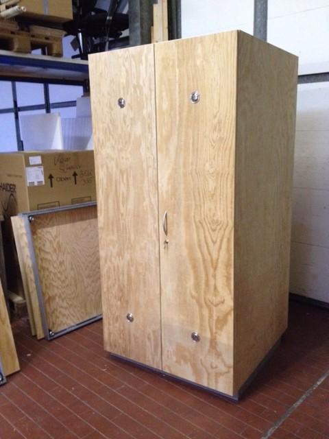 auflagenbox holz selber bauen top kissenbox wasserdicht auflagenbox holztruhe akazienholz holz. Black Bedroom Furniture Sets. Home Design Ideas